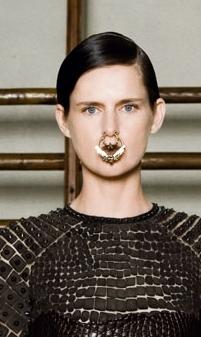 Tendenze capelli alle sfilate Parigi Haute Couture Primavera Estate 2012 - MarieClaire